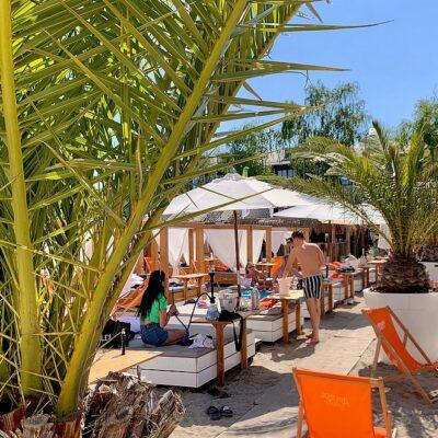 Insight Beach bij STRND Breda: luxe dagje strand in Brabant! (stadsstrand met zwembad, cabanas en jacuzzi!)